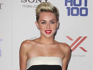 Miley Cyrus, Valentino jumpsuit, Maxim Hot 100 Party