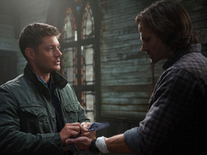 Jensen Ackles as Dean and Jared Padalecki as Sam in Supernatural S08E23: &#39;Sacrifice&#39;
