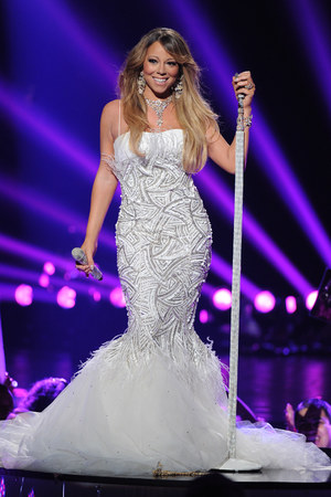Mariah Carey, American Idol Season 12 Finale, Los Angeles, fishtail gown