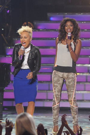 'American Idol' season 12 grand final: Emeli Sandé with Amber Holcomb