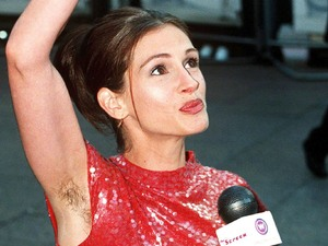 Julia Roberts, armpit, Notting Hill premiere in London 1999, 