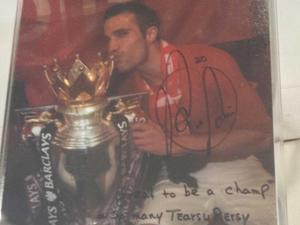 Van Persie's signed picture to Piers Morgan