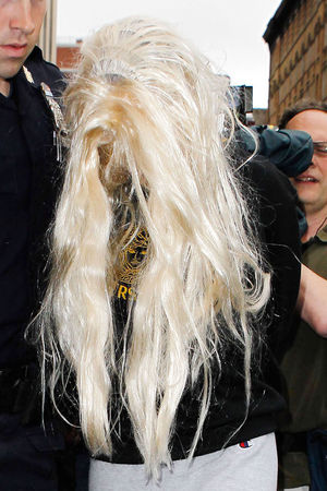Amanda Bynes, wig, court, marijuana possession, tampering with evidence and reckless endangerment, glass bong