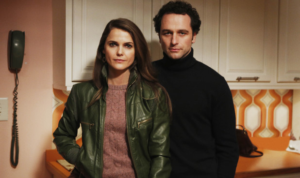 Keri Russell as Elizabeth Jennings &  Mathew Rhys as Philip Jennings in 'The Americans'