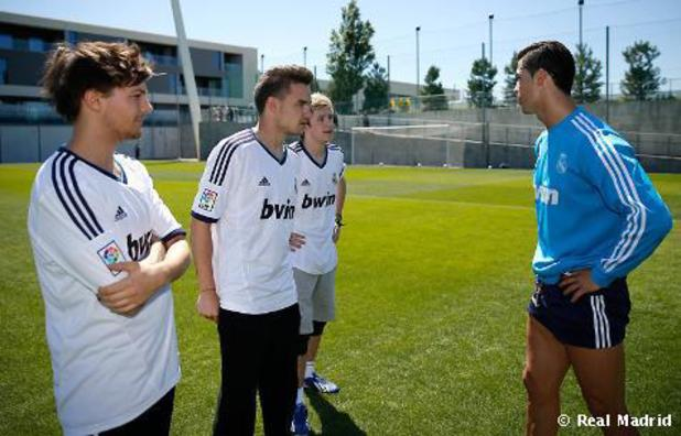 One Direction meet Cristiano Ronaldo
