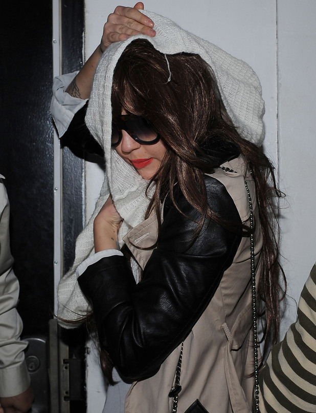Amanda Bynes steps out in another wig.