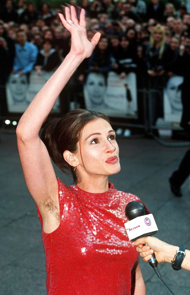 Julia Roberts - 10 most embarrassing red carpet moments - Digital Spy