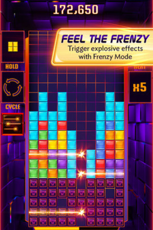 'Tetris Blitz' on iOS