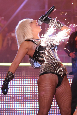 Lady Gaga in concert, 2009 MuchMusic Awards