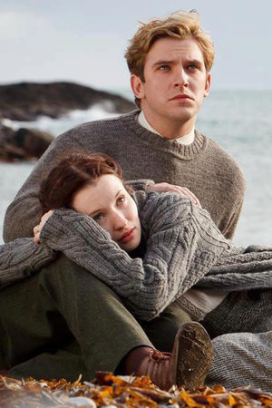 Dan Stevens, Emily Browning in Summer in February