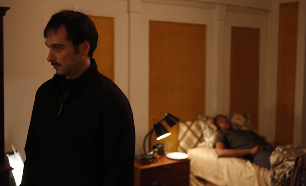 Matthew Rhys as Philip Jennings in 'The Americans' Episode 2