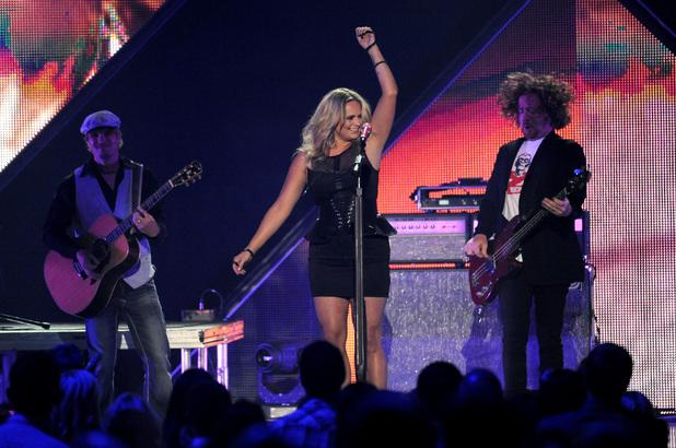Miranda Lambert performs at the 2013 CMT Music Awards