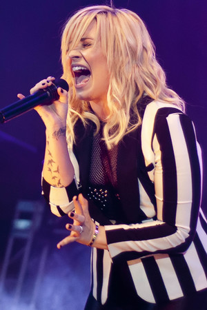 Demi Lovato performs at the B96 Pepsi Summerbash held at Toyota Park.