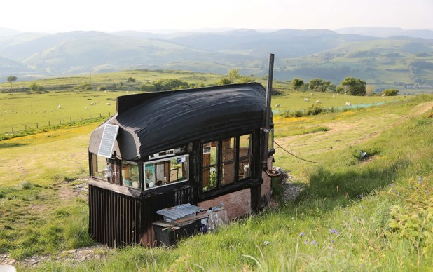 'Best Unique Shed': Boat Roofed Shed