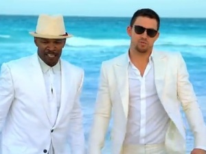 Channing Tatum and Jamie Foxx music video still