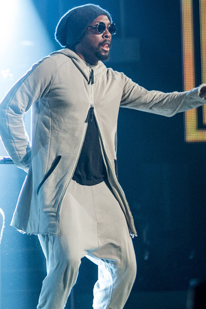 Will.i.am Sprains Ankle Tap Dancing