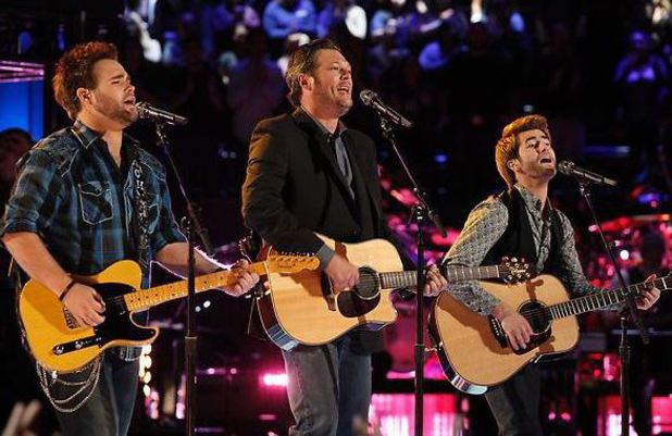 'The Voice' Live Finale Part 1: The Swon Brothers & Blake Shelton