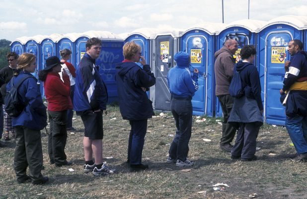 Queue for the toilets at Glastonbury 2000
