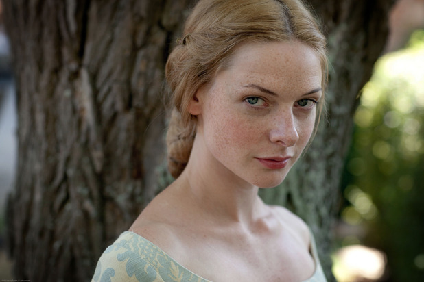 Rebecca Ferguson as Elizabeth Woodville in 'The White Queen'
