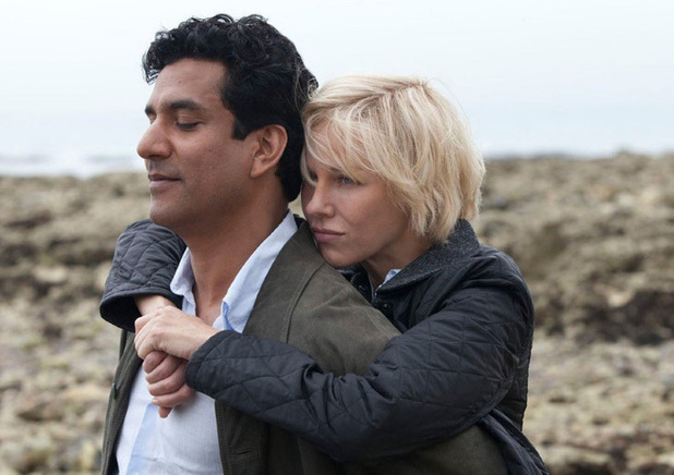 Naomi Watts as Princess Diana and Naveen Andrews as Hasnat Khan