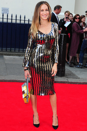 Sarah Jessica Parker, at the opening night of Charlie and the Chocolate Factory at the Theatre Royal, Drury Lane, Marc Jacobs dress