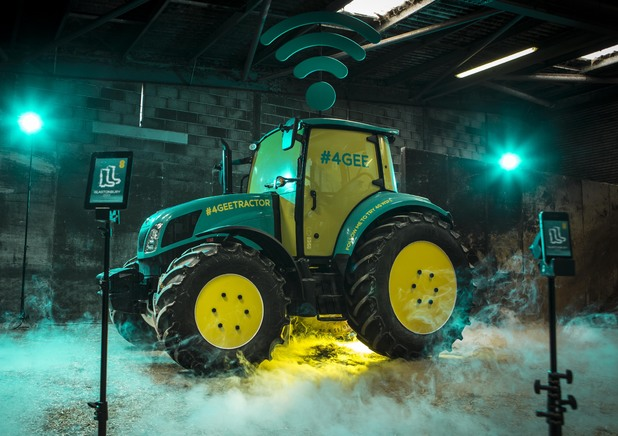 The EE 4G hotspot tractor at Glastonbury