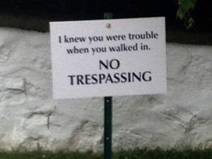Taylor Swift quotes her own song lyrics on a trespassing sign outside her new property in Rhode Island
