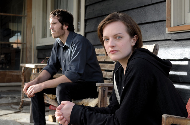 Tom Wright as Johnno, Elisabeth Moss as Robin Griffinin 'Top Of The Lake' episode 1