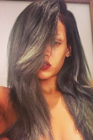 Rihanna goes grey