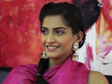 Sonam Kapoor tells her father Anil to join more social networks.