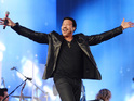 Lionel Richie surprises an inspirational woman with an amazing performance.