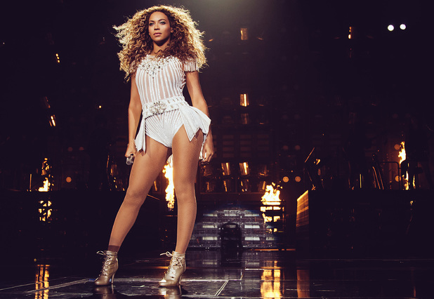 "Beyonce performs on her ""Mrs. Carter Show World Tour 2013"" in Boston"