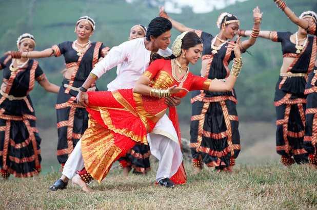 Deepika Padukone, Shah Rukh Khan in Chennai Express