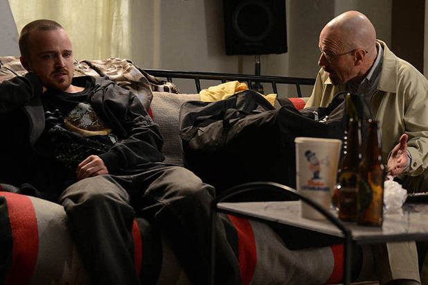 Jesse Pinkman (Aaron Paul) & Walter White (Bryan Cranston) in Breaking Bad S05E09