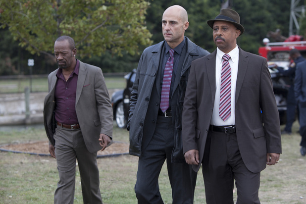 Geddes (Lennie James), Frank Agnew (Mark Strong) and Lt. Charles Dawson (Ruben Santiago-Hudson) in 'Low Winter Sun', Season 1, Episode 1