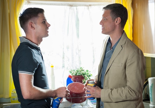 Ste takes Danny back to his flat.