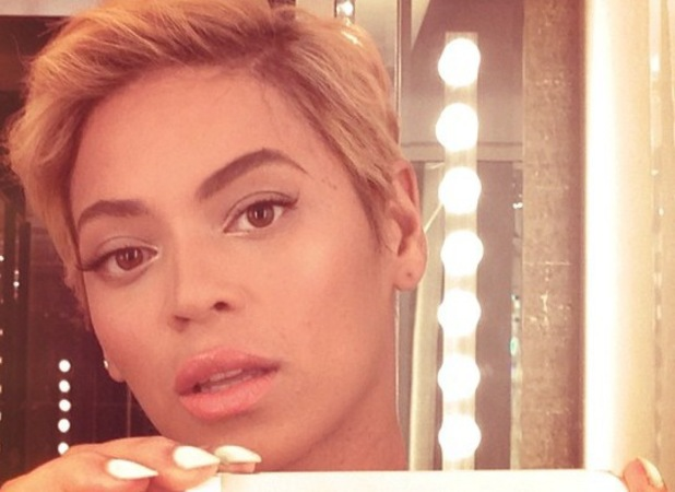 Beyoncé shows off her hair