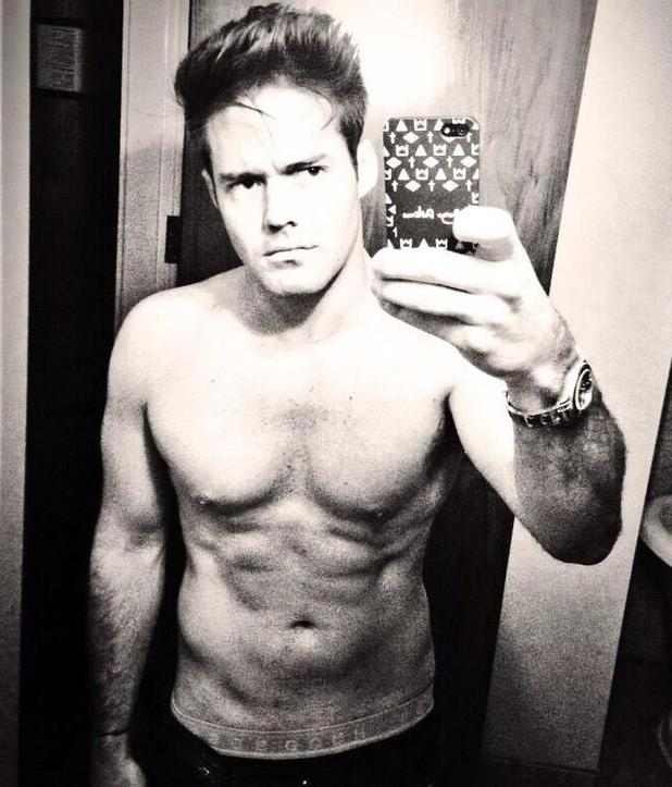 Spencer Matthews posts shirtless picture on Twitter