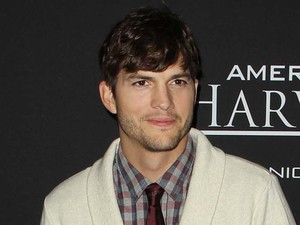Ashton Kutcher, Jobs screening