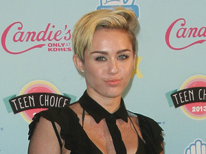 Miley Cyrus, 2013 Teen Choice Awards Arrivals held at the Gibson Amphitheatre