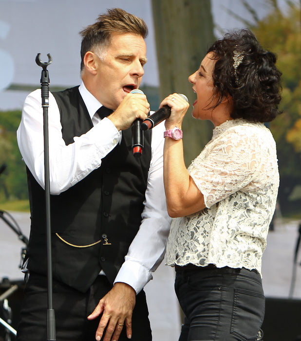 Ricky Ross and Lorraine McIntosh of Deacon Blue