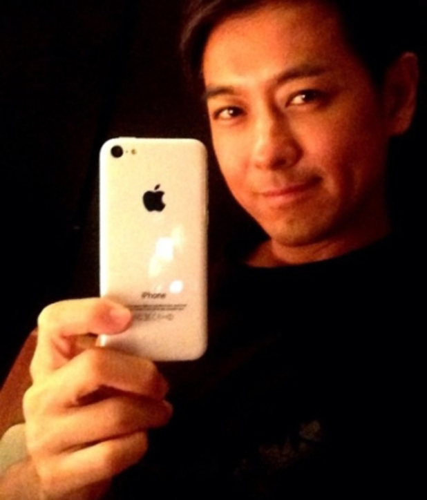 Jimmy Lin with the iPhone 5C