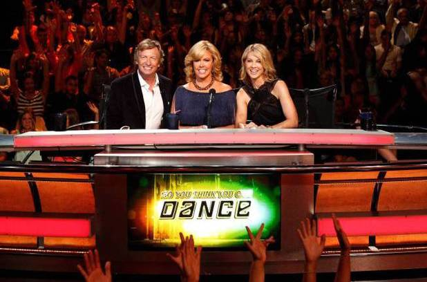 So You Think You Can Dance: Nigel Lythgoe, Mary Murphy and guest judge Jenna Elfman