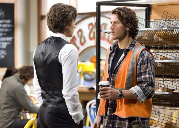 Mason meets Robbo at Harold's.