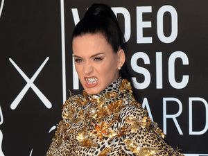 Katy Perry arrives at the MTV Video Music Awards 2013