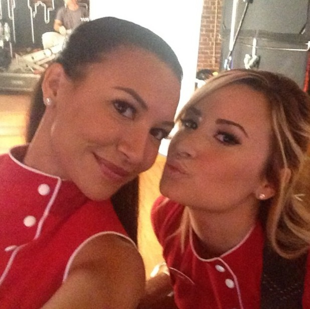 Demi Lovato and Naya Rivera on the set of 'Glee'