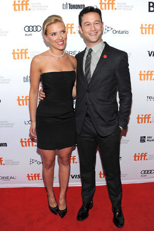 "Scarlett Johansson, left, and Joseph Gordon-Levitt arrive at the premiere of ""Don Jon"" on day 6 of the Toronto International Film Festival at The Princess of Wales on Tuesday, Sept. 10, 2013, in Toronto. (Photo by Evan Agostini/Invision/AP)"