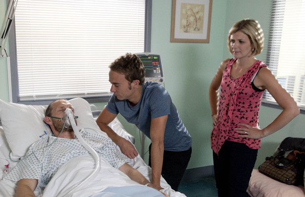 Leanne hears David speaking to Nick.