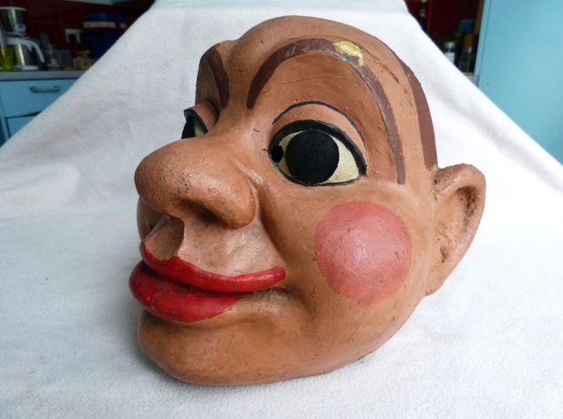 'Doctor Who': Autons head prop sells for £5,000