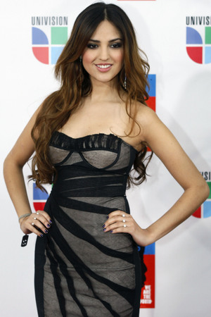 Liam dating mexican actress 5